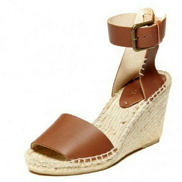 8d6692cdd09c Soludos Open Toe Leather Wedge Sandal. M 5b6a2bef8158b504ac0568e2